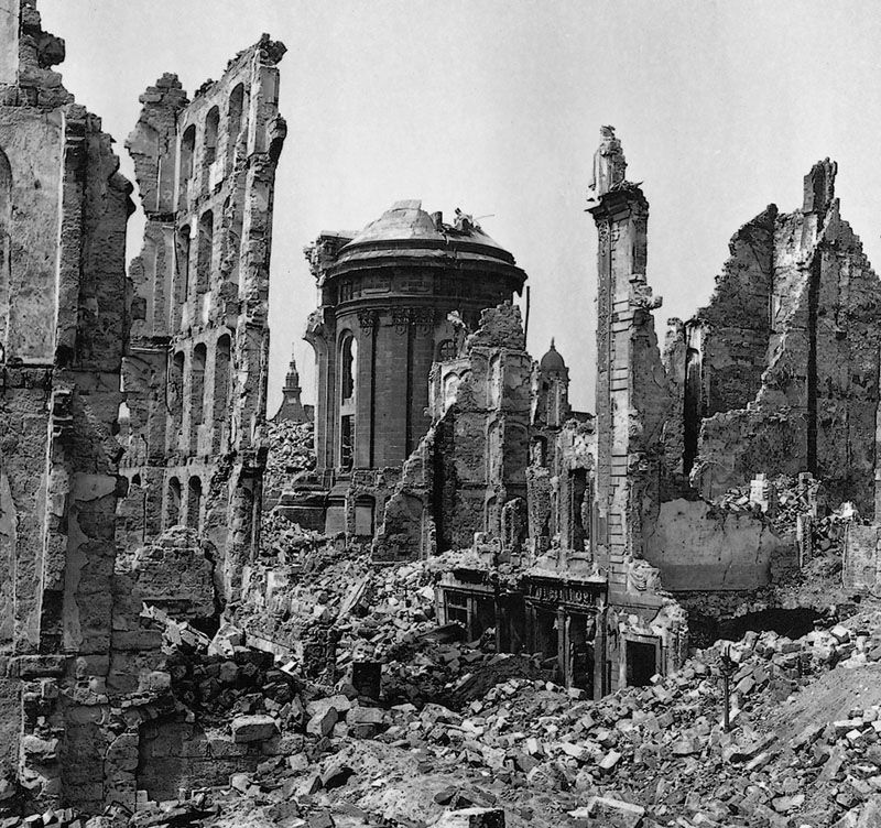 historical essay on the bombing of dresden The bombing of the german city of dresden will be used as a case study to give a balanced analysis of the cbo in this essay as it is the most controversial.