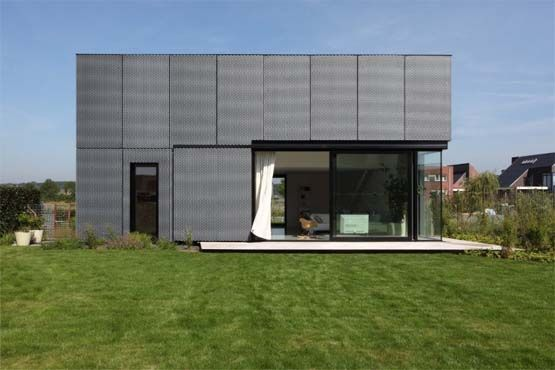 Metal Frame Houses With A Modern Cube Design