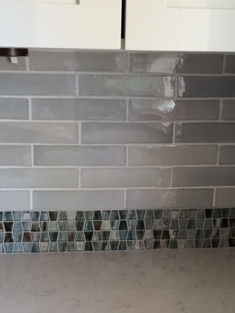 Suprema Touch Of Grey Tile With Tozen Wings Glass Many