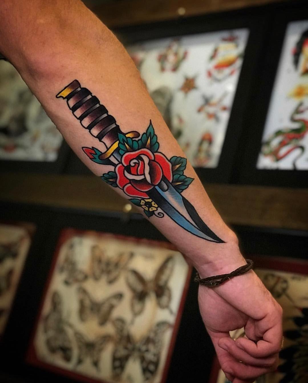 Tattoo Designs Men Tattoo In 2020 Traditional Tattoo Sleeve Traditional Tattoo Arm Traditional Tattoo