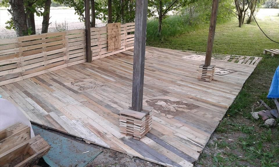 Wood Pallet Privacy Walls Google Search Pallet Garden