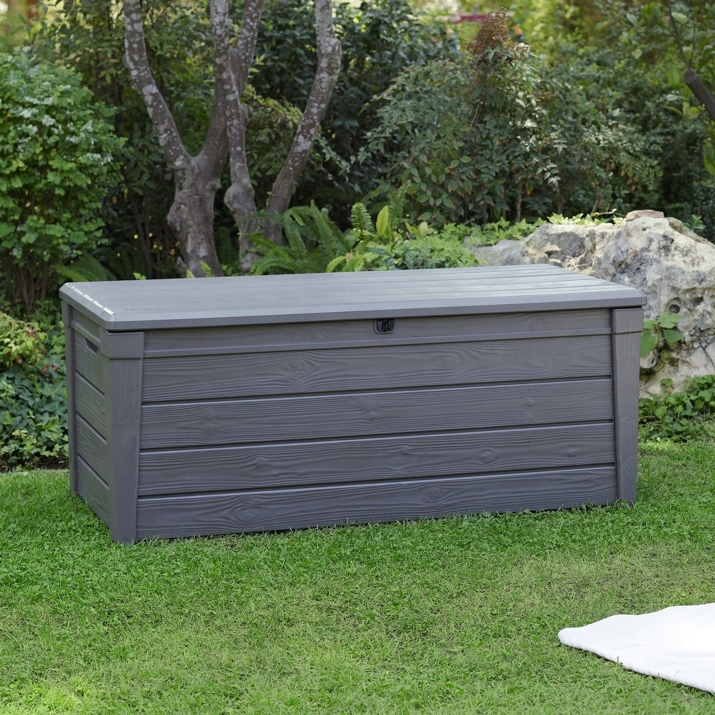 Storage Benches Keter 206042 Brightwood 120 Gallon Deck Box Outdoor Living Showroom