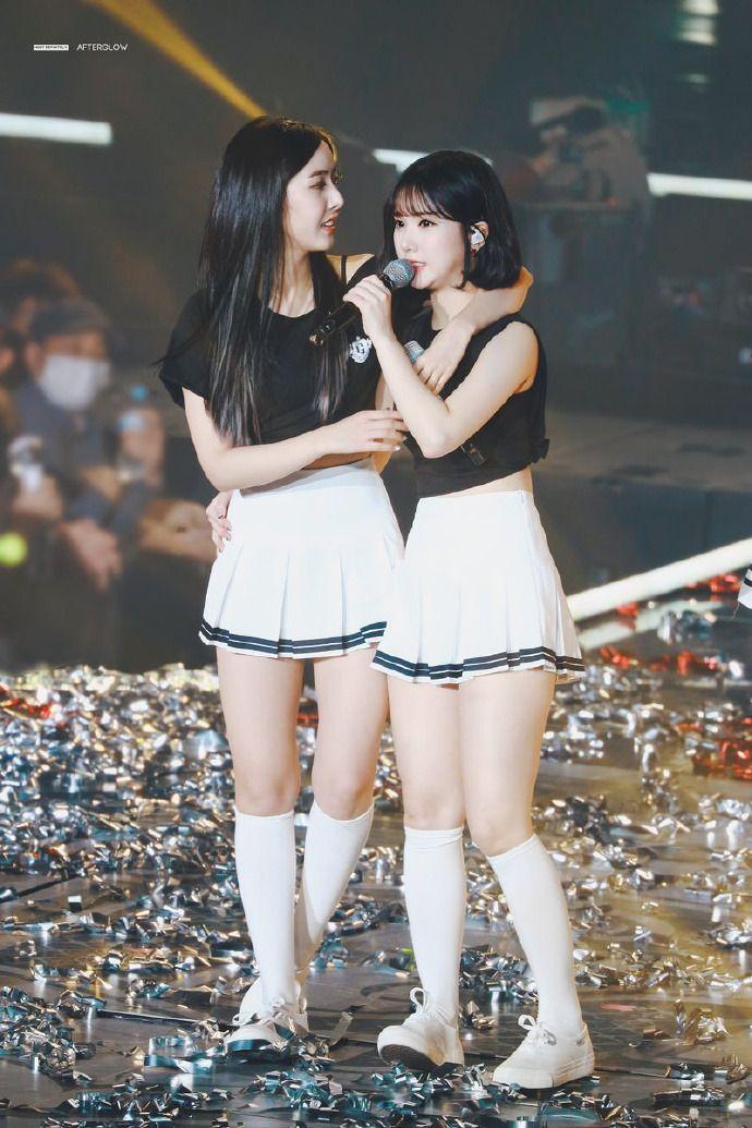 Idols Generation Girls In Mini Skirts Korean Girl Kpop Girls