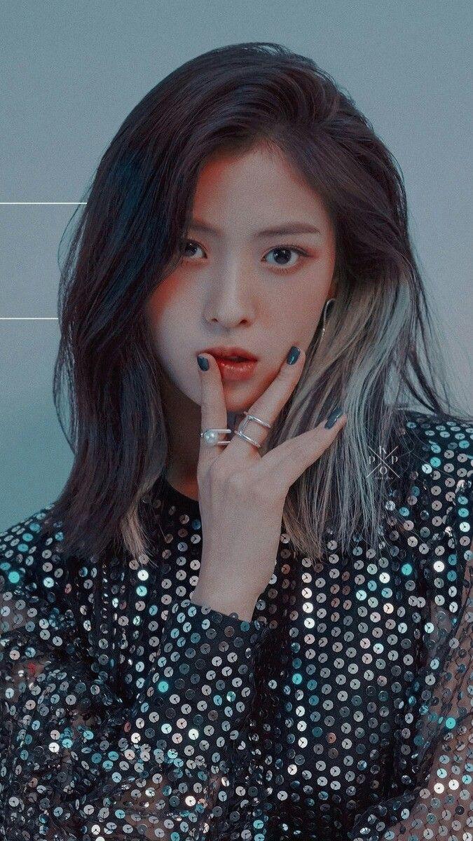 Ryujin Wallpaper Itzy Itzywallpaper Ryujin Itzy Hairstyle Kpop Girls