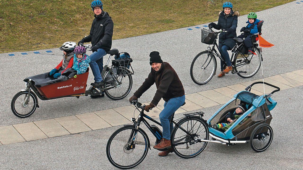 Nach Horror Unfall In Dresden Kinder Transport Per Fahrrad So