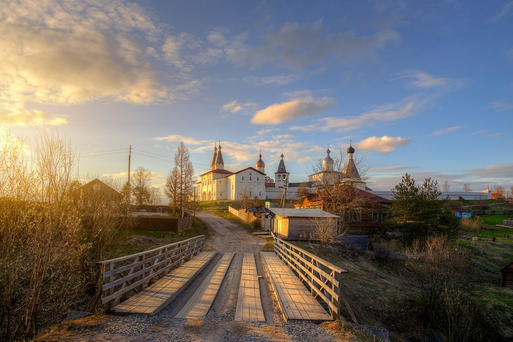 Ферапонтов монастырь. Майский вечер...Photographer ...