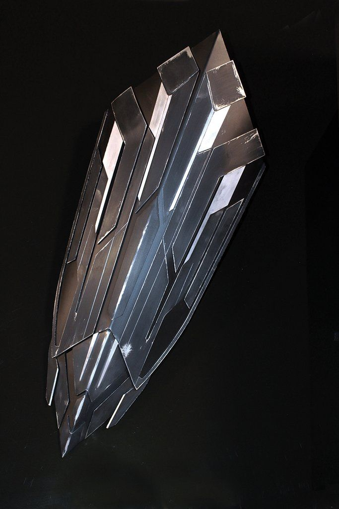 An Aluminum Replica Shield Designed Off The Avengers Infinity War Captain America Shield Made By Blac Captain America Shield Infinity War Avengers Infinity War