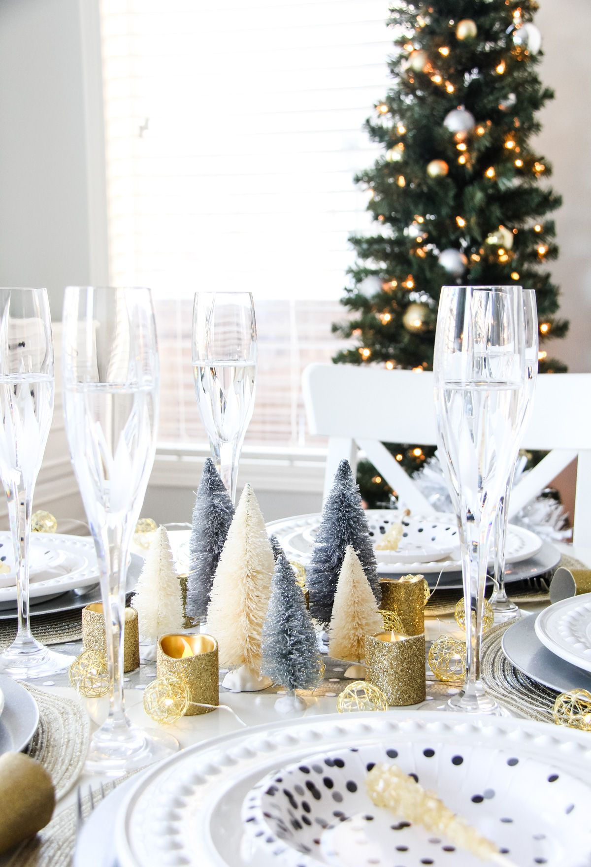 An Easy New Year's Eve Table A Pretty Life In The
