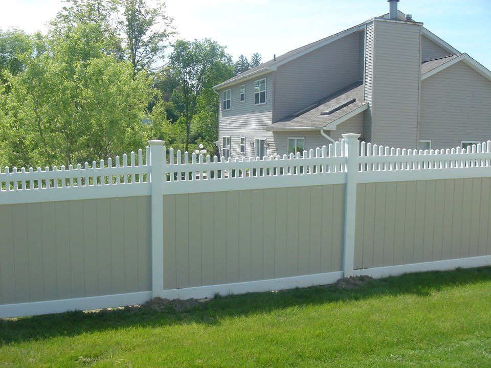 Popular Fence Style Options For Outside Cheap Pvc Amp Wpc