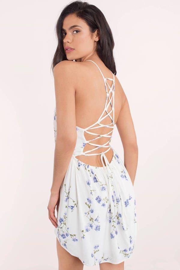 Kimberly Floral Skater Dress #shortsundress
