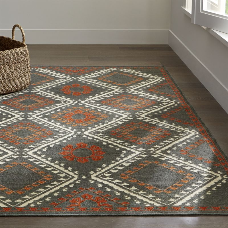 British India Rug: Genevieve Bennett Has Created A Gem Of A Rug