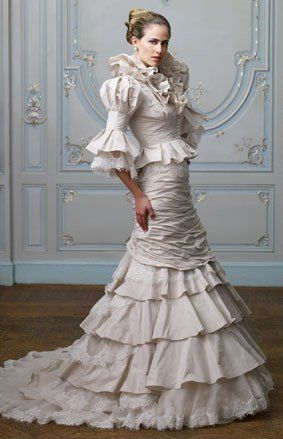 Spectacular Ian Stuart Bellevue Red Wedding DressesWedding