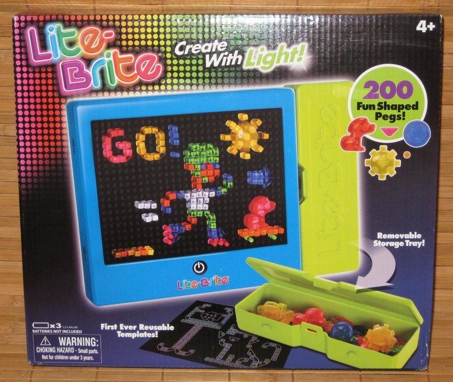 new hasbro lite brite 200 fun shaped pegs 6 reusable templates storage tray 2014 hasbro