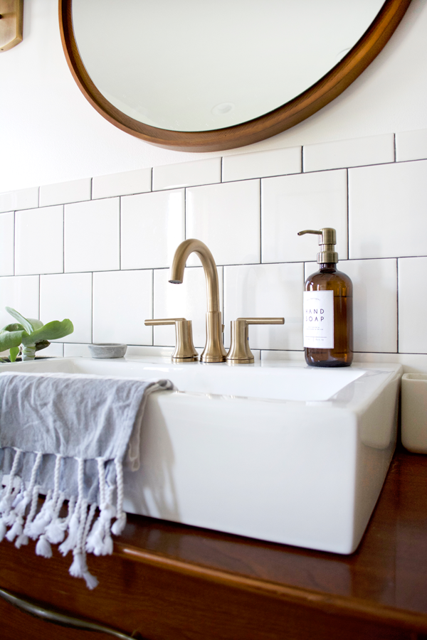 Stylish and Functional Fixtures in a Modern Vintage Bathroom | brepurposed