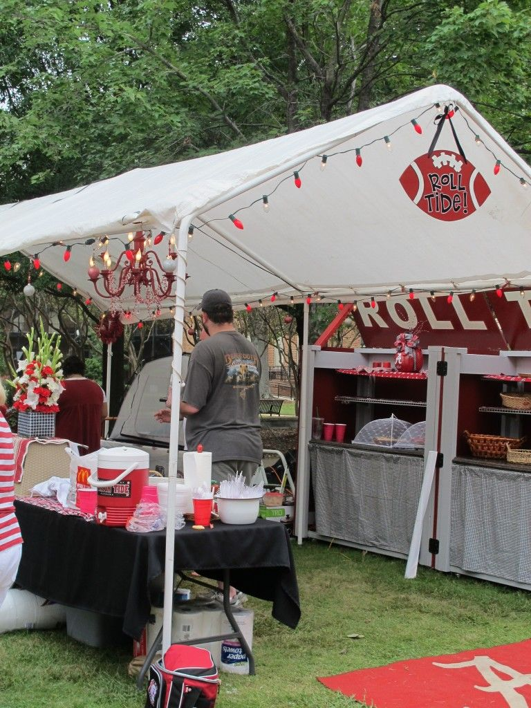 Tuscaloosa tailgate with chandelier tailgate pinterest tuscaloosa tailgate with chandelier arubaitofo Image collections
