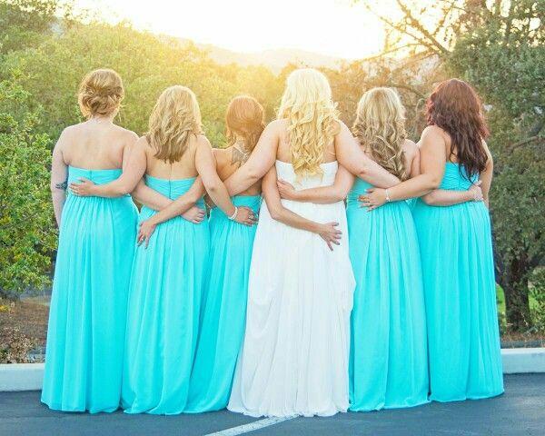 Bride & Bridesmaids Picture