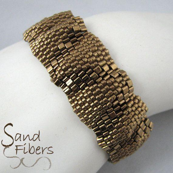 Pequeñas ondulaciones bronce Peyote pulsera 3301 por SandFibers