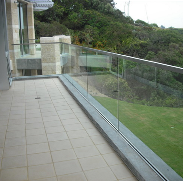 Source Stability Frameless Aluminum Glass Railing Staircase Balustrade on m.alibaba.com #staircaserailings