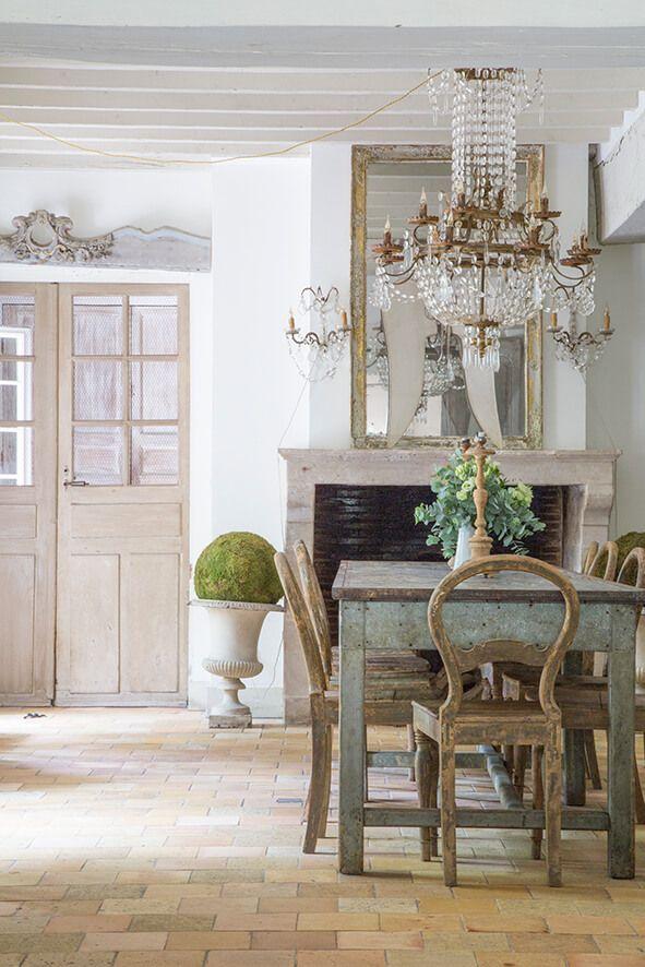 Una casa in Stile Gustaviano Mobili francesi, Idee per