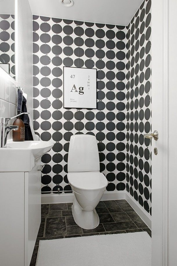 Black And White Wallpaper In Bathroom Bathroom Wallpaper