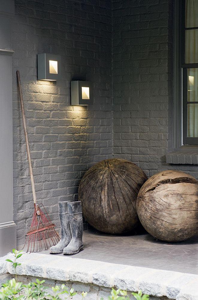 Hinkley Lighting 1647tt Luna Titanium Outdoor Wall Sconce
