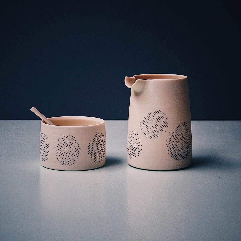 Spots on pots.... . . . . #handmade #wheelthrown #porcelain #potter #pottery #clay #bythelinepottery #urbanpotter #modernceramics #studiopotter #maker #contemporaryceramics #functionalceramics #minimalcraft #madeinlondon #ceramics #studiopottery #pottersofinstagram #handmadeceramics #handcrafted #craft #keramik #Instaceramics #instapottery #pinterest