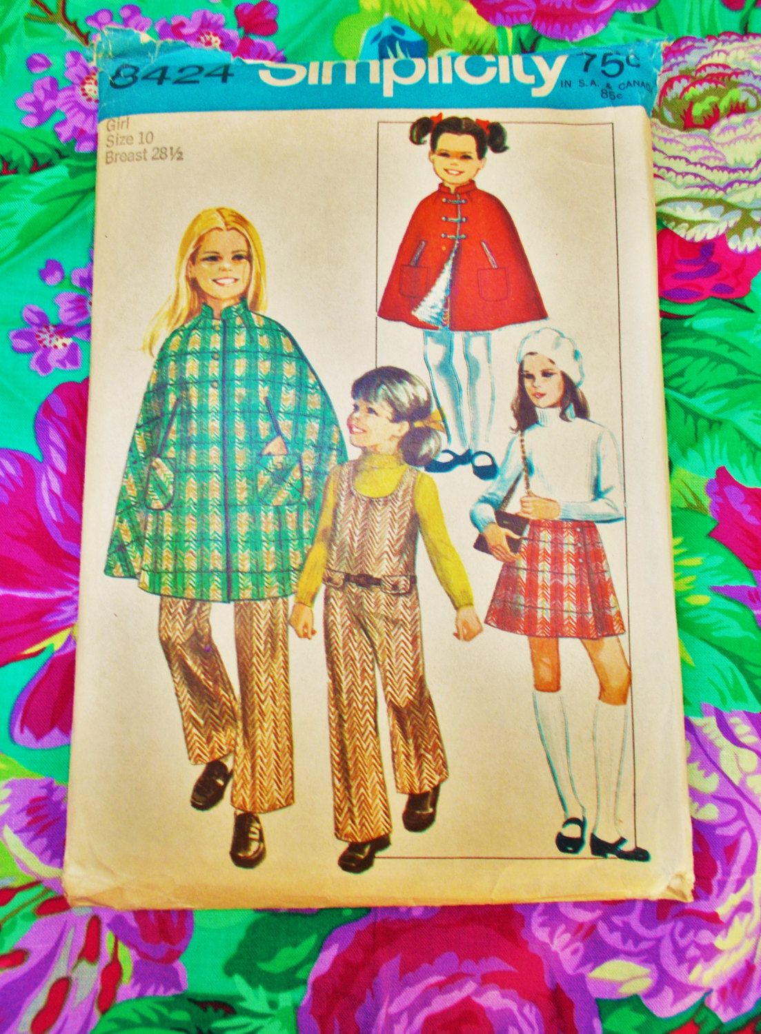 Simplicity Sewing pattern - girl\'s cape and jumpsuit - size 10 chest ...
