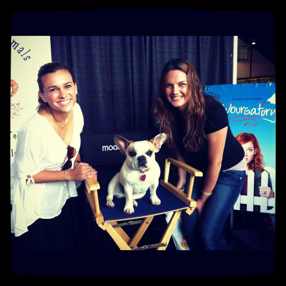 STELLAAAAAAA from Modern Family at America\'s Family Pet Expo- OC ...