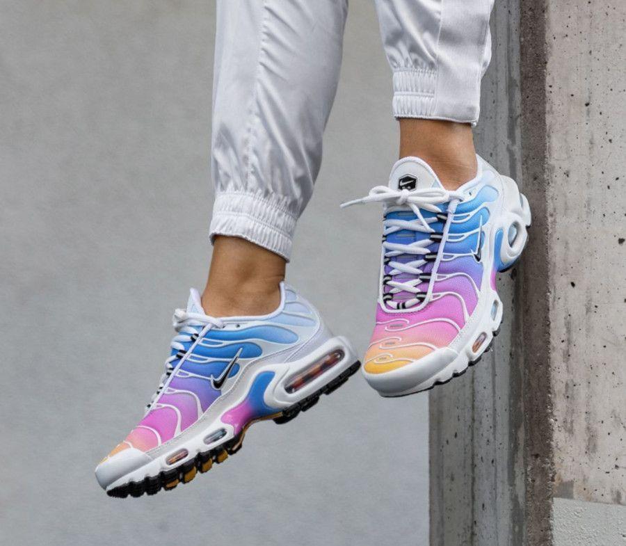 Nike Air Max Plus Pastel Rainbow