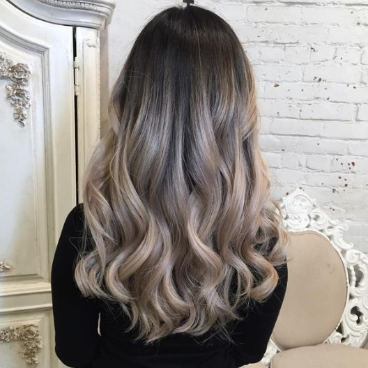 Trendalert Ash Balayage A Deeper Transition From The Dark Side Of Ash Blonde To Lighter Ends Th Dark Ash Blonde Hair Ash Blonde Balayage Black Hair Balayage