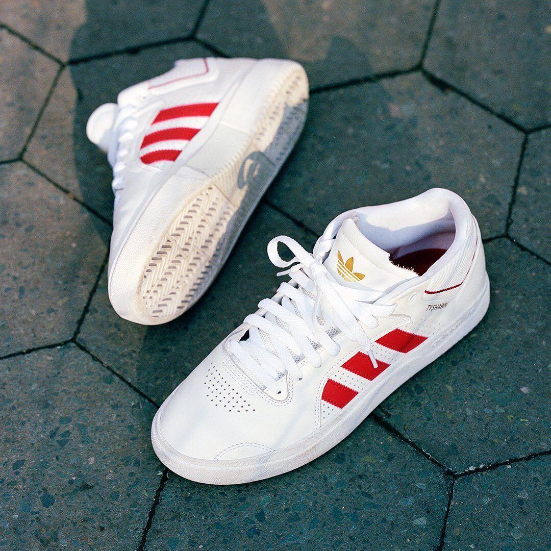 Sierra valor Autorización  Adidas Tyshawn Shoes - Cloud White / Scarlet / Cloud White | Adidas  skateboarding, Adidas fashion, Adidas