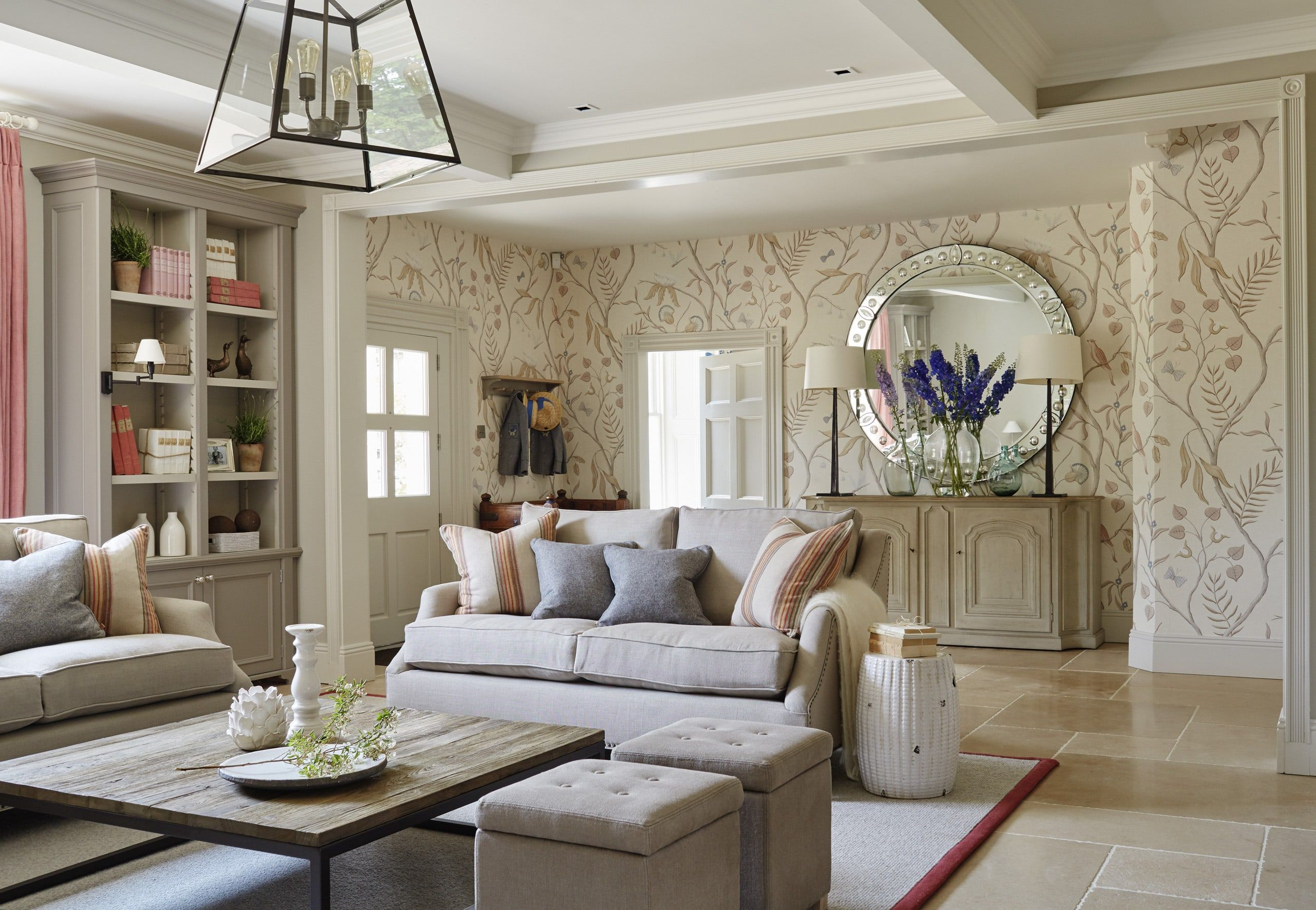 Entrance Hall / Sitting Area | Living Room | Pinterest | Entrance ...