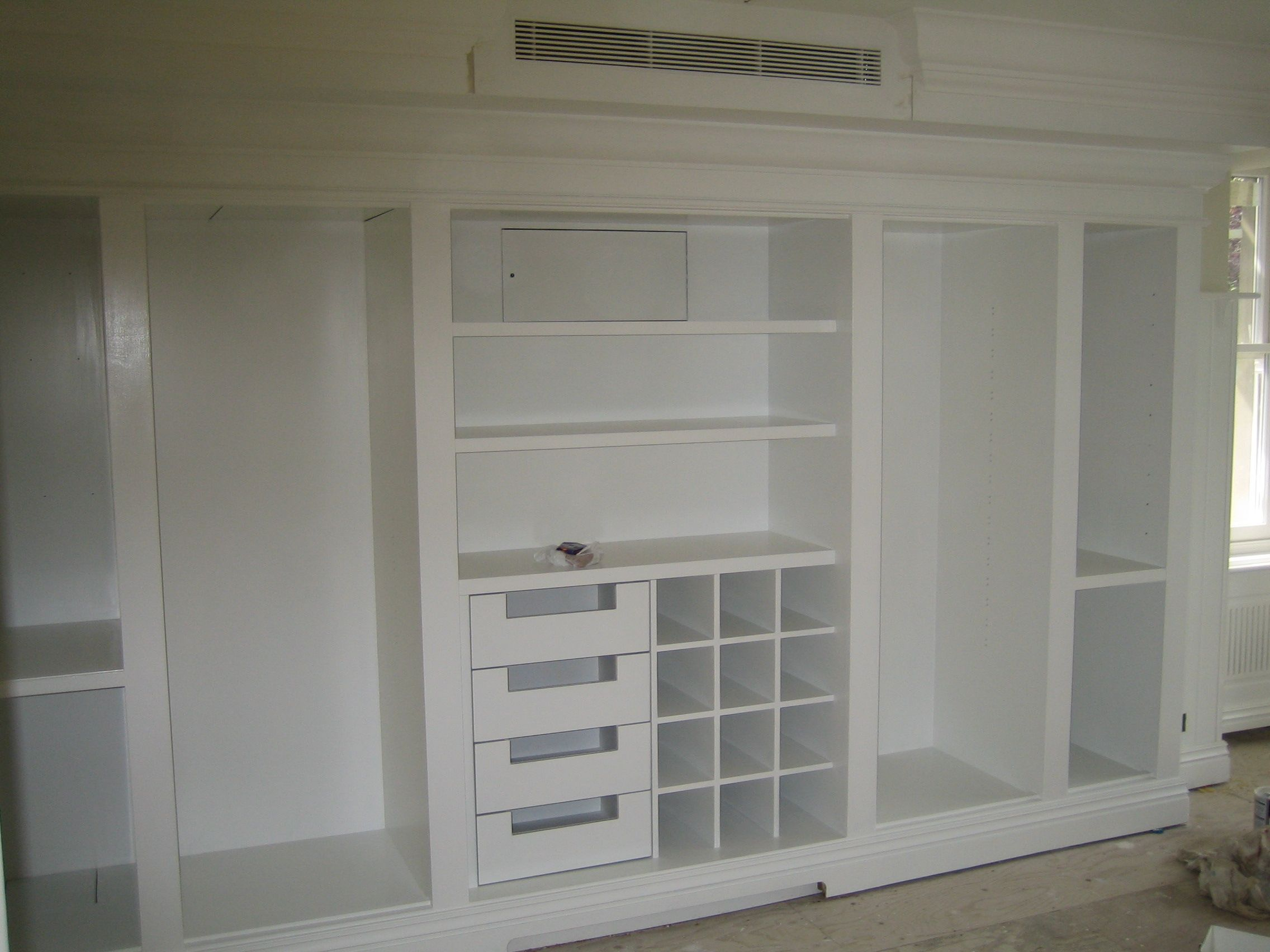 Custom built wardrobe house organization pinterest for Bedroom ideas with built in wardrobes