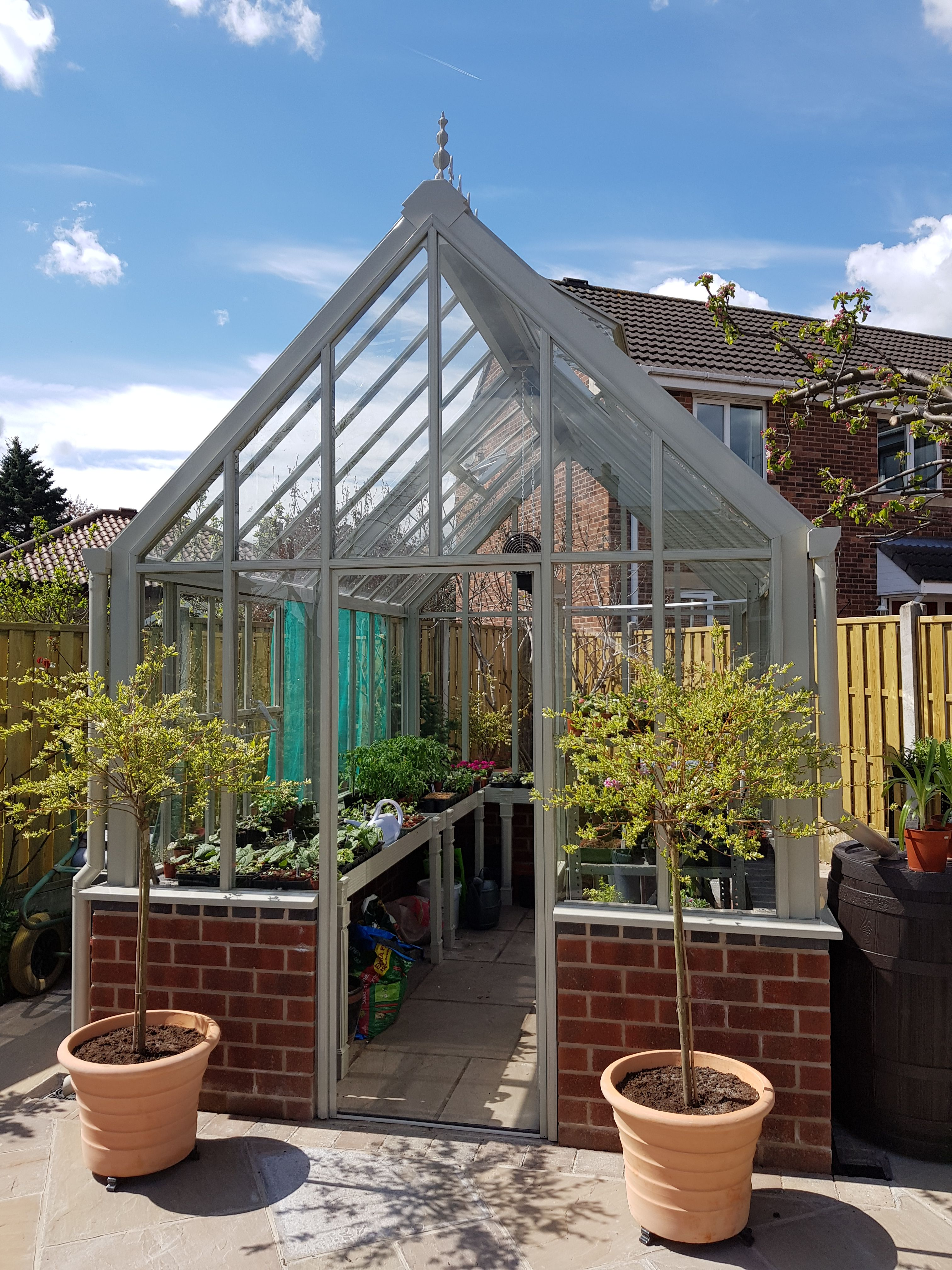 A Victorian Classic Glasshouse By Hartley Botanic Showing There S A Hartley For All Spaces Enjoy Some Urban Gree Urban Garden Greenhouse Greenhouse Gardening