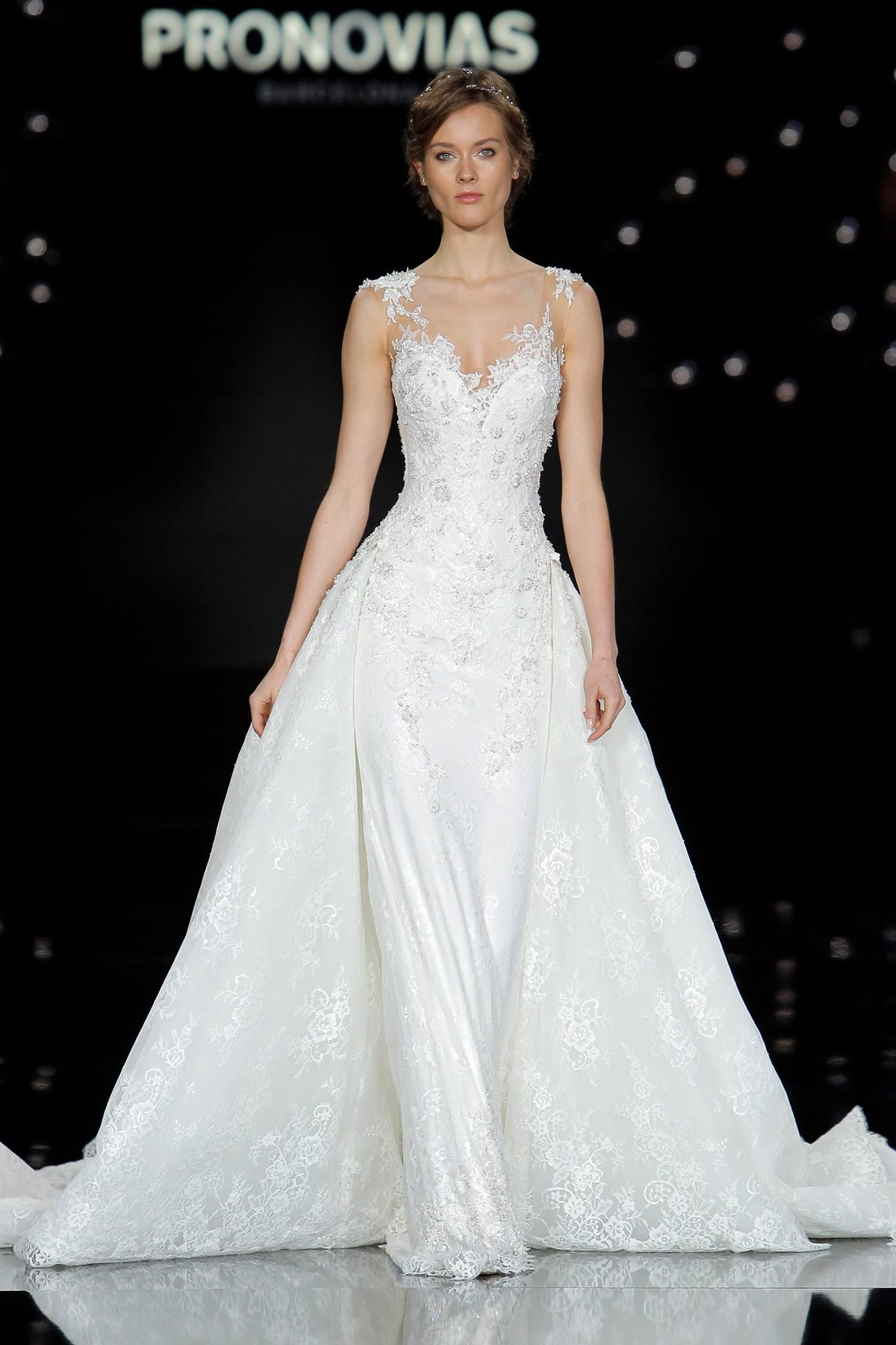 Spectacular Atelier Pronovias Spring Closed out Barcelona Bridal Fashion Week with a gorgeous collection of weightless gowns inspired by La Ciel or the sky