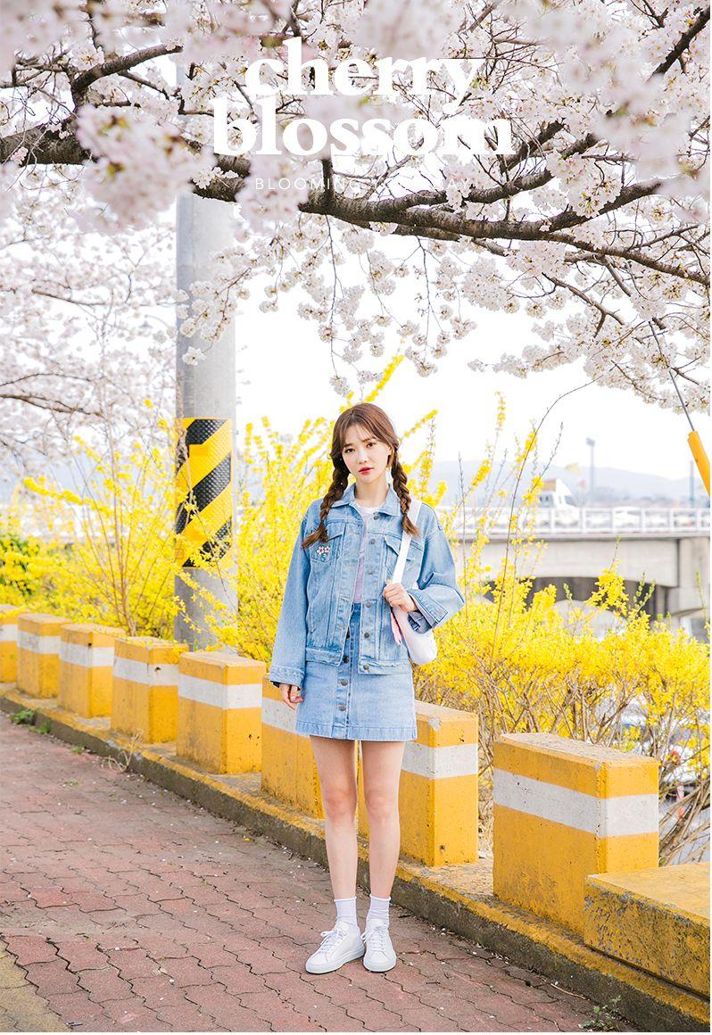 chuu_츄 - 츄(chuu) | 공원에서 만나 tee | NEW
