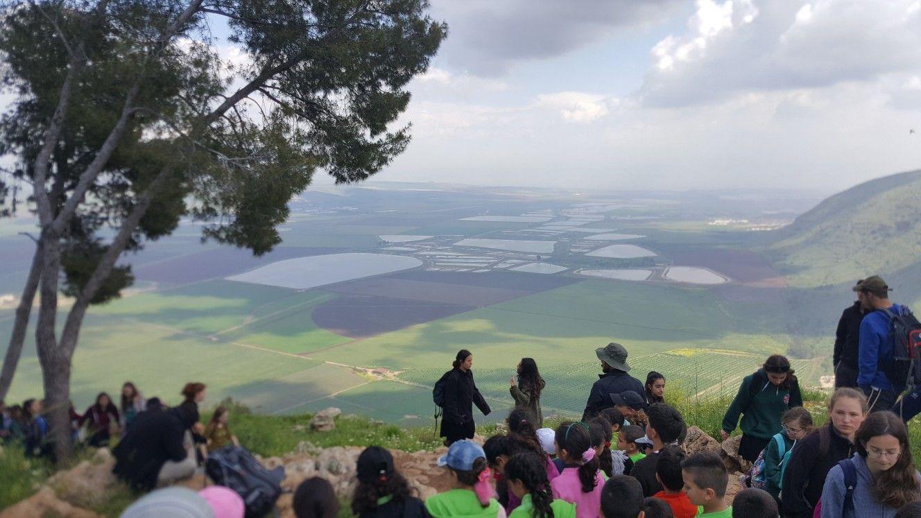 مطلة من قرية زرعين المهجرة.. شمال فلسطين امس اثناء تواجدي ...