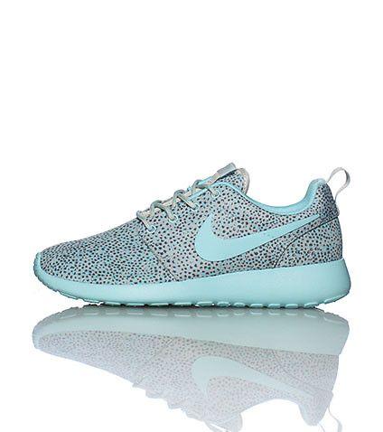 Nike Roshe Run low