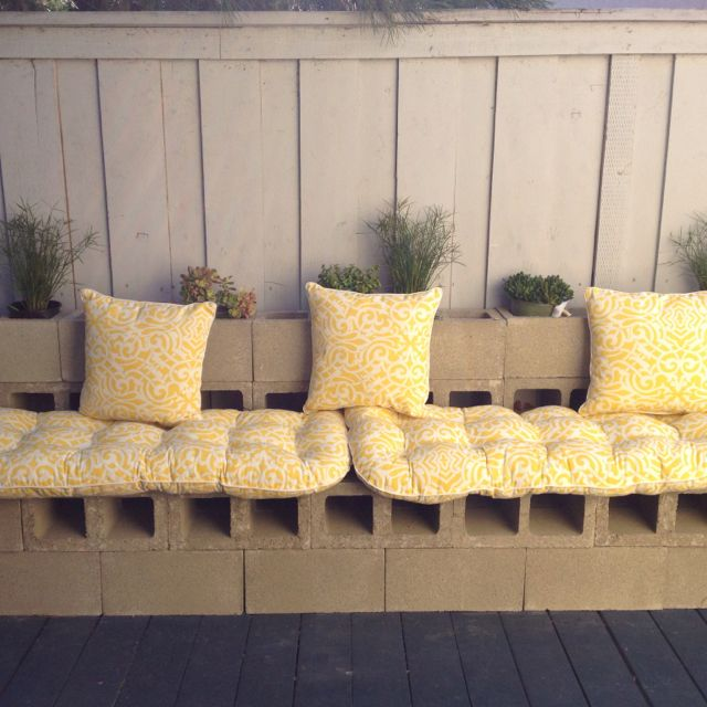 Cinder Block bench...for against deck wall | Cement block ...