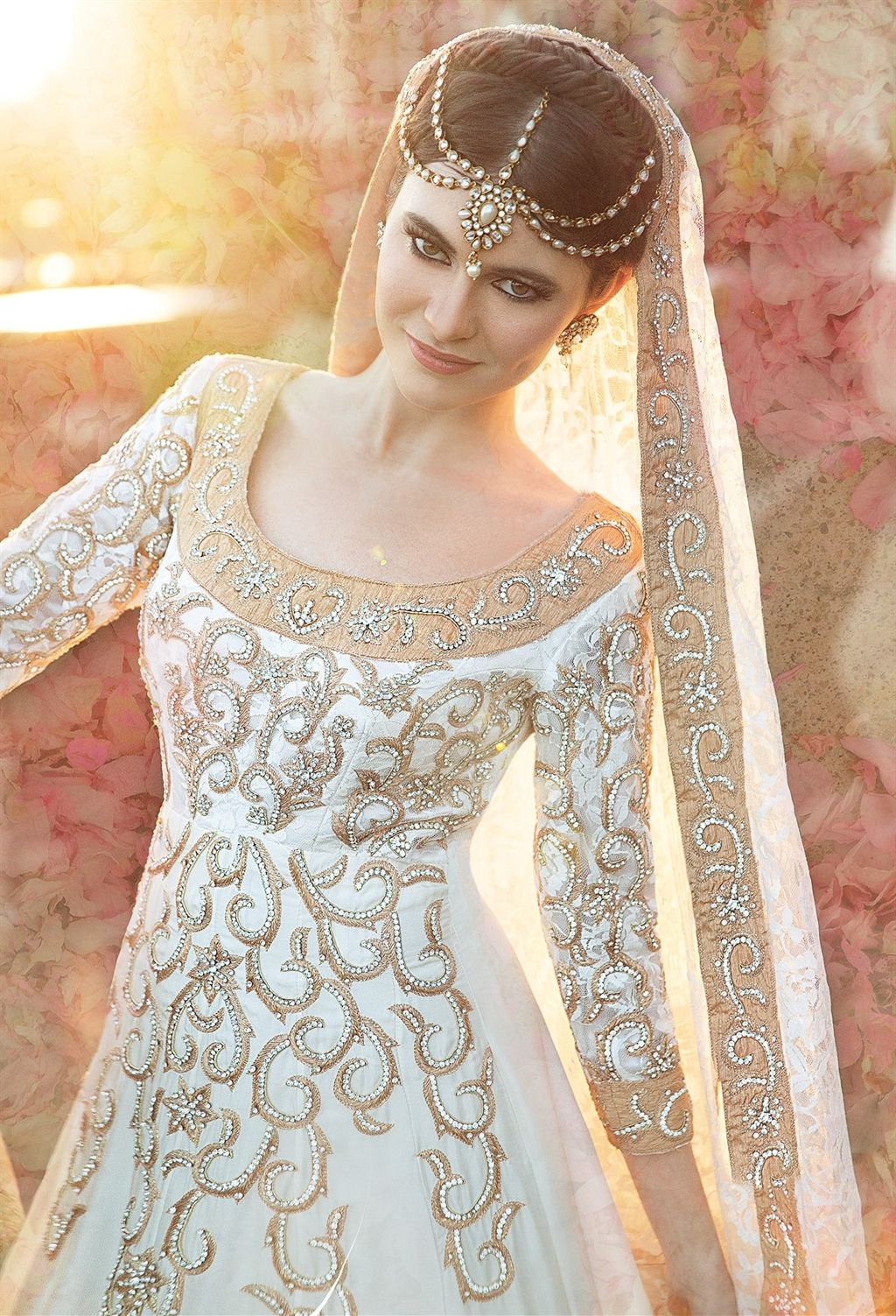 Check out this great Look I found on http://www.AsianBride.me | Glam ...