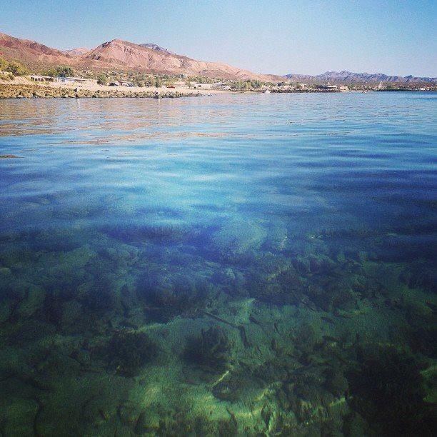 Agua cristalina! Bienvenidos a este paraiso Bahía De Los Angeles, el lugar de tu proxima aventura! #Ensenada nos espera este fin de semana! Aventura por dannycorona