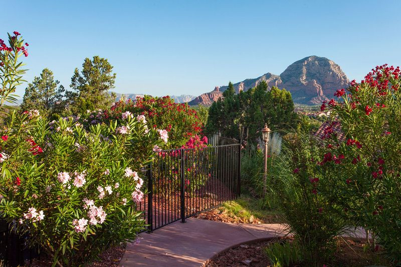 A Sunset Chateau in Sedona, AZ Sedona, Red rock country