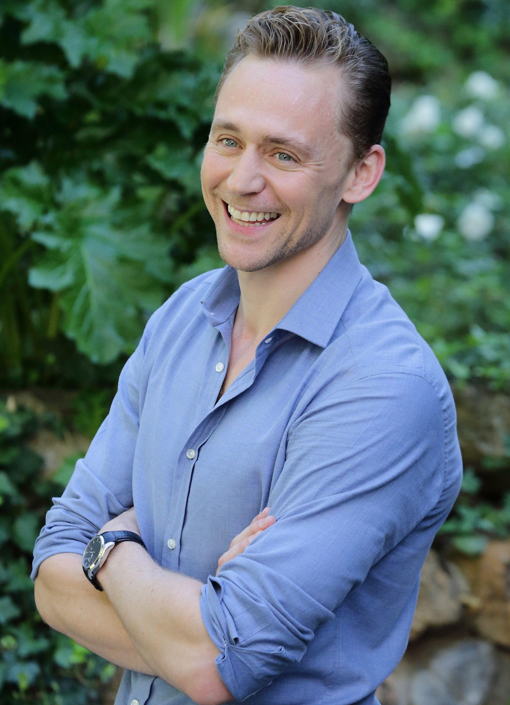 Tom Hiddleston @ the photocall for 'Crimson Peak' Le Jardin de Russie 28.9.2015 Rome, Italy Photo from http://www.weibo.com/torilla