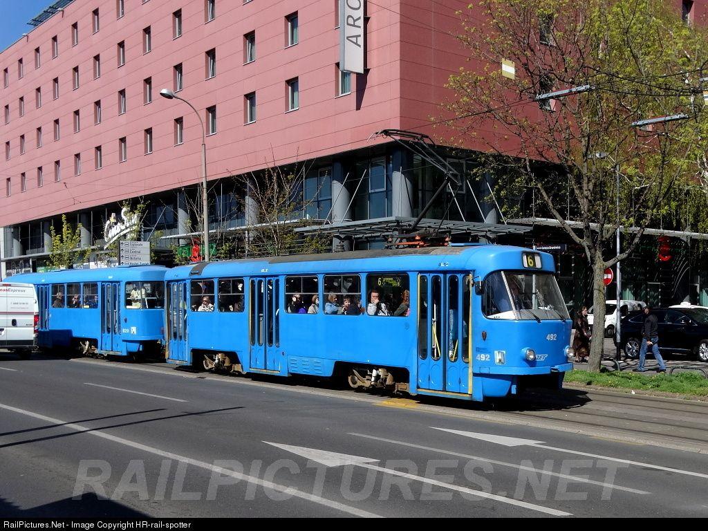 492 Zet Zagrebacki Elektricni Tramvaj Tmk T4 401 At Zagreb Croatia By Hr Rail Spotter Public Transport Zagreb Transportation
