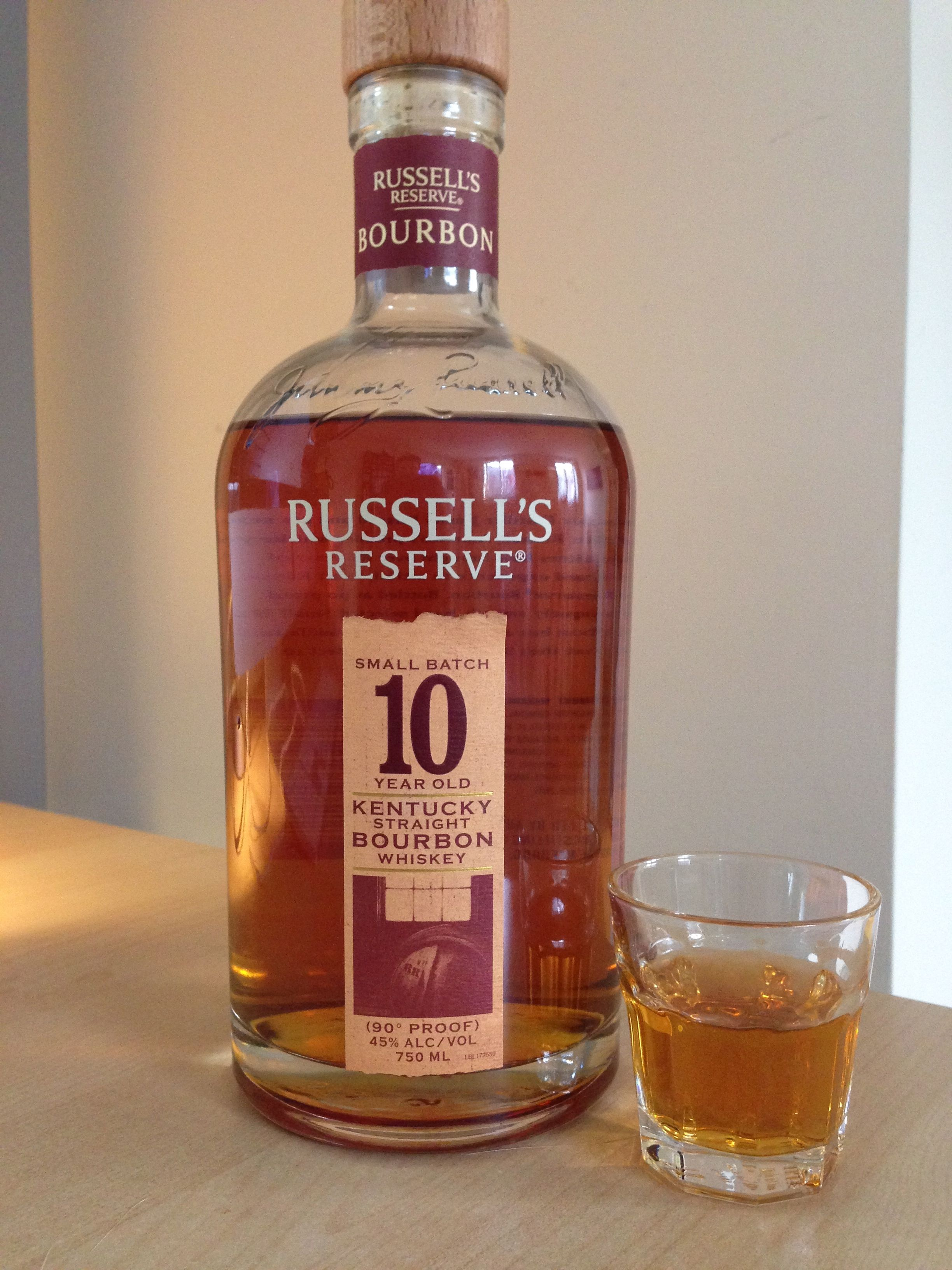 Russell S Reserve 10 Year Old 90 Proof Strong Drinks Bourbon Whiskey Whisky