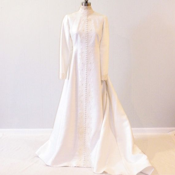 Vintage Wedding Dress Bianchi Gown Ivory Linen Bridal With Floral Lace Beadwork Winter Bride