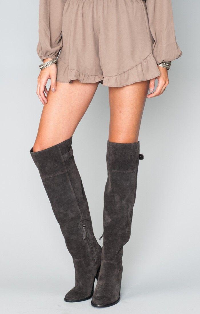 760eef5b2b13 those boots!