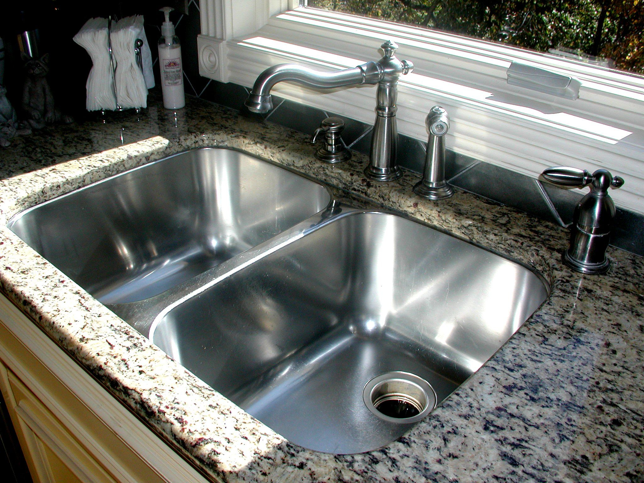 25 Corner Kitchen Sinks That Gives You Space  Corner Sink Sinks Amusing Corner Kitchen Sink Design Ideas Design Ideas