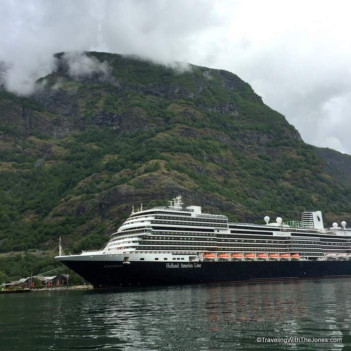 Holland Americau0027s Koningsdam Cruise Ship in Flam, Norway Visited - cruise ship chef sample resume
