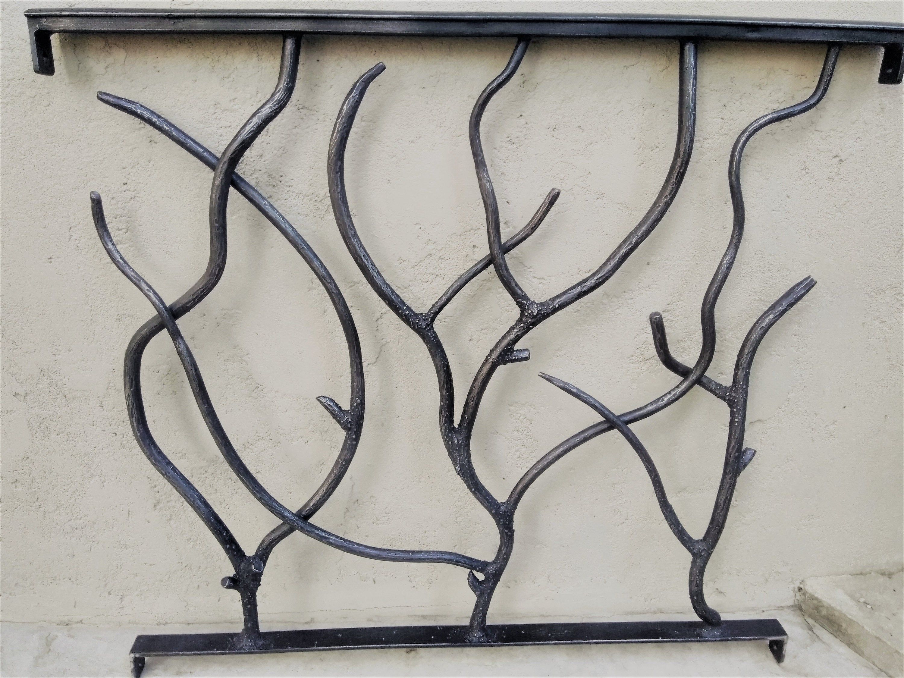 Best Forged Steel Forest Branch Railing With Bark Texture 640 x 480